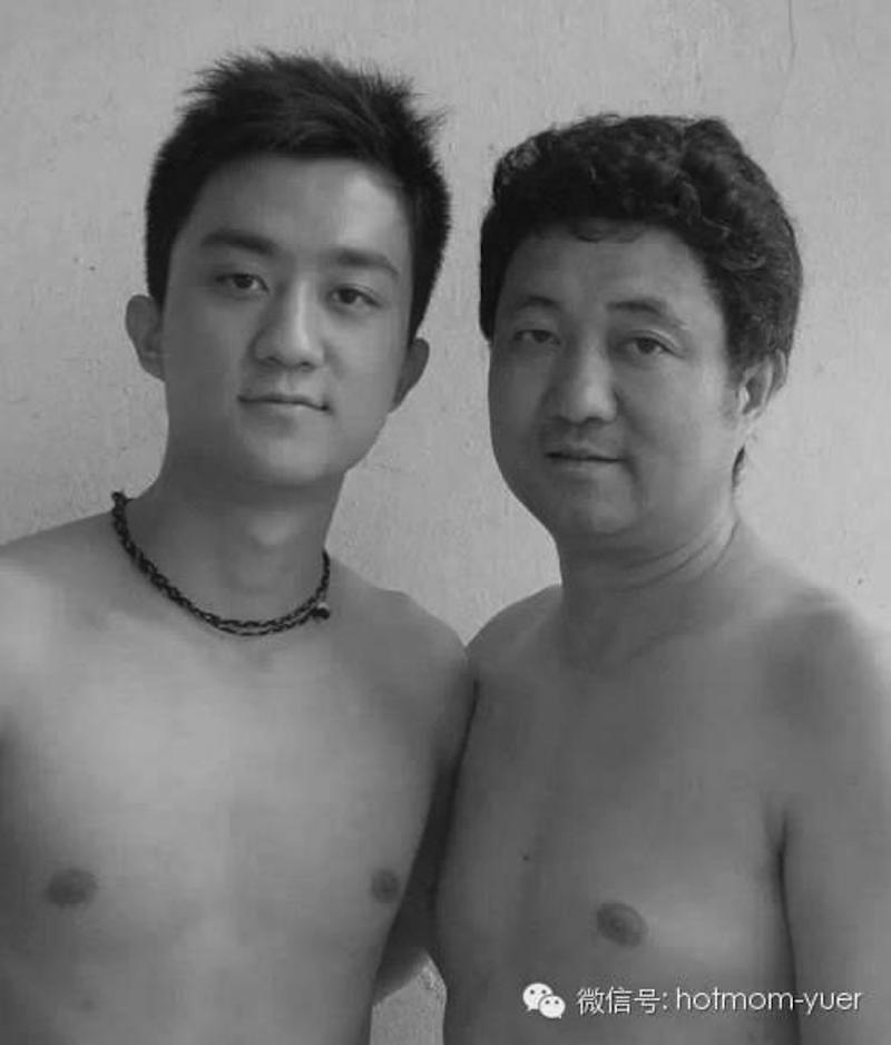 Padre e hijo hacen la misma foto durante 27 años19