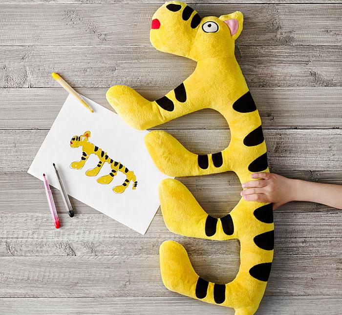 IKEA convirtió Dibujos de Niños en peluches reales para Recaudar dinero para la Caridad