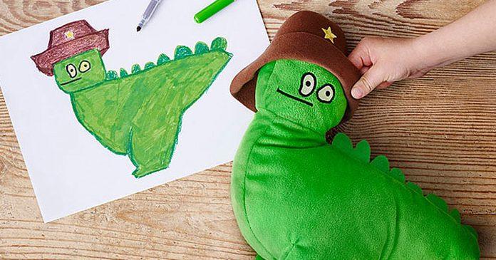 IKEA convirtio dibujos de ninos en peluches para recaudar dinero para la caridad