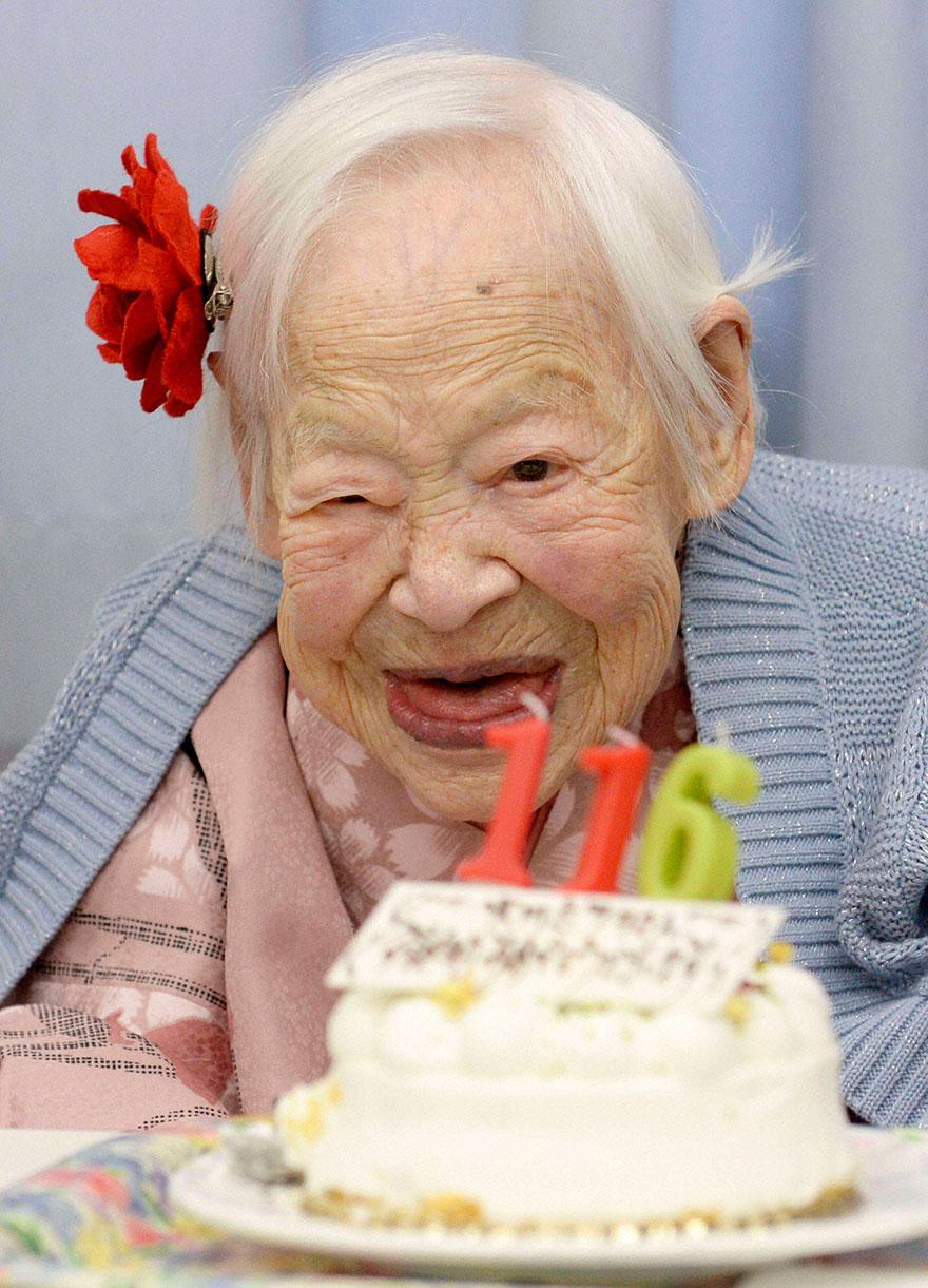 Conoce a las 5 Mujeres más viejas del Mundo y su Secreto mejor guardado