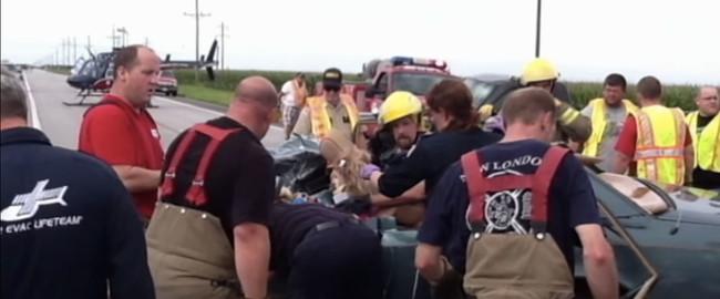 Un hombre apareció de la nada En Un Accidente Catastrófico ... ¿Fue un milagro?