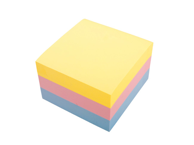 three color block of post it notes