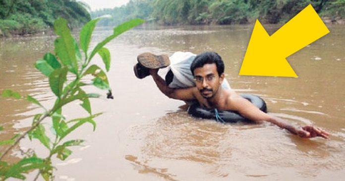 este profesor cruza a nado un rio todo los dias para dar clase banner