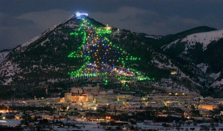 11 Espectaculares arboles navidad mundo 06