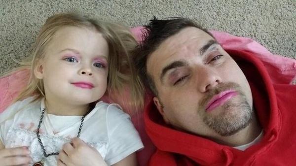15 Hijas que decidieron poner mucho más guapos a sus queridos Padres