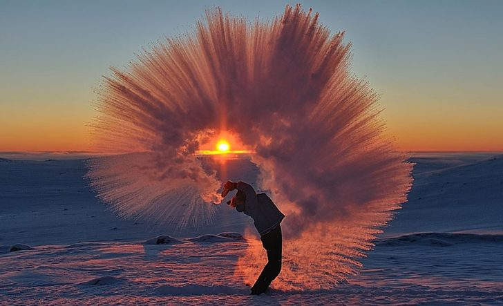 Lanzar te caliente en el circulo polar artico 01