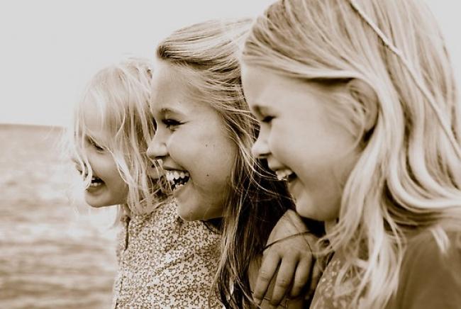20 Imagenes que muestran felicidad entre hermanos 10