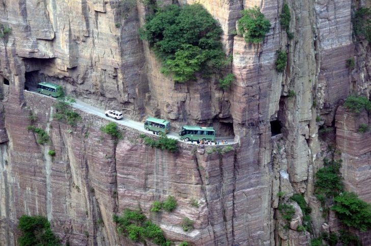 Carreteras mas peligrosas del mundo 07