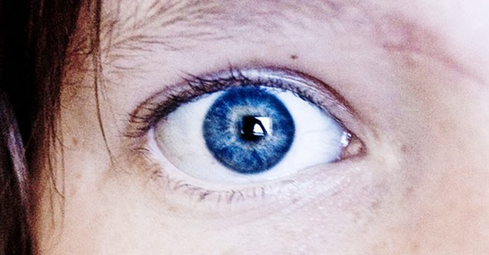 cientificos descubren ojos azules origen increible banner