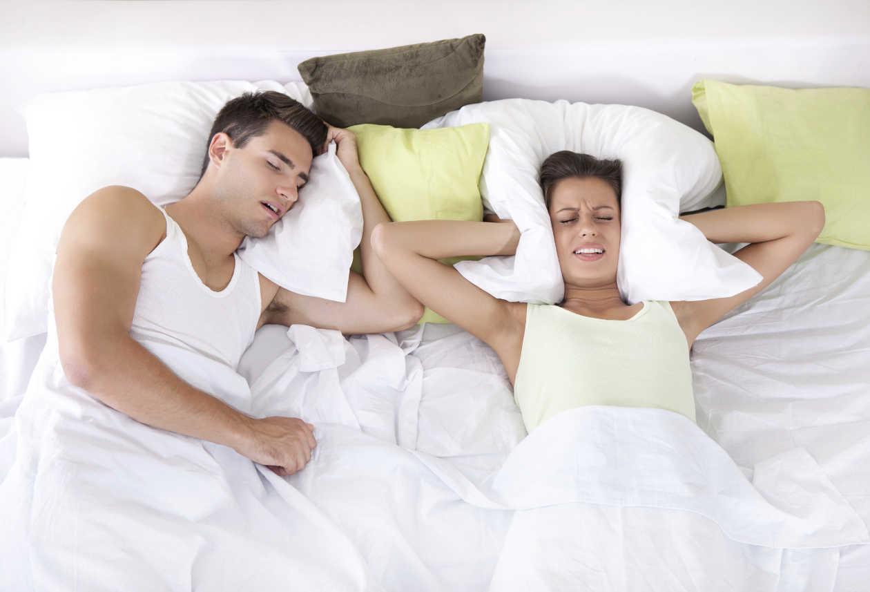 8 Cosas que pueden ocurrirte cuando duermes sobre tu lado izquierdo todos los días