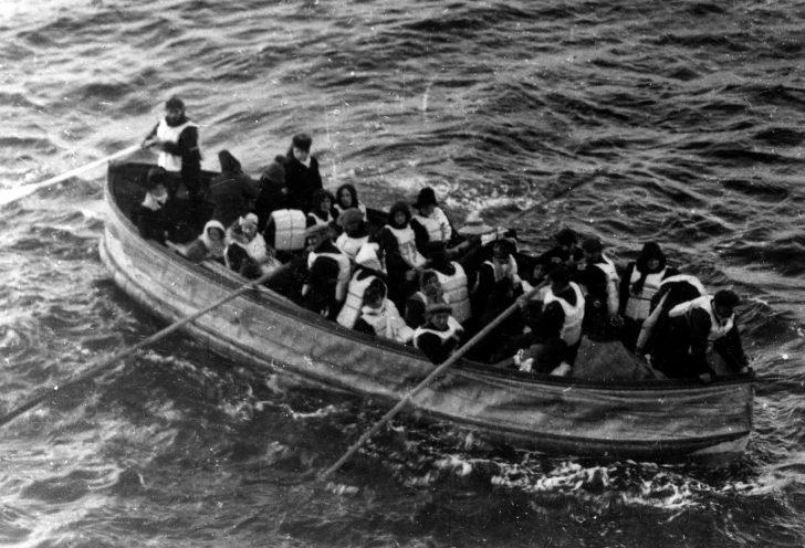 Empujo a su esposa para salvarse durante el hundimiento de un crucero. Lo hizo por un buen motivo 3