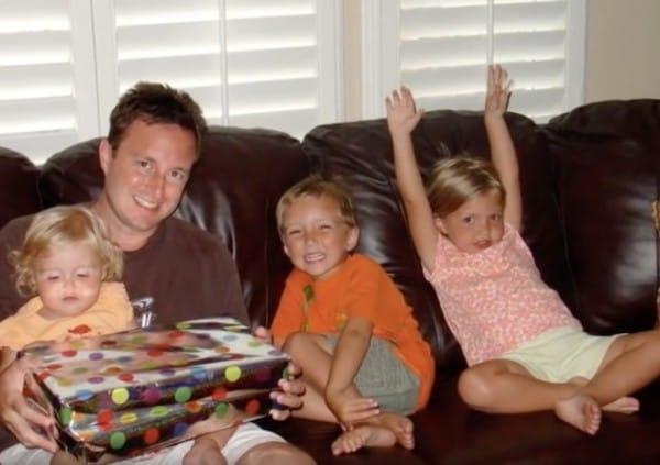 Un Terrible accidente de trafico se llevo a sus 3 Hijos 02