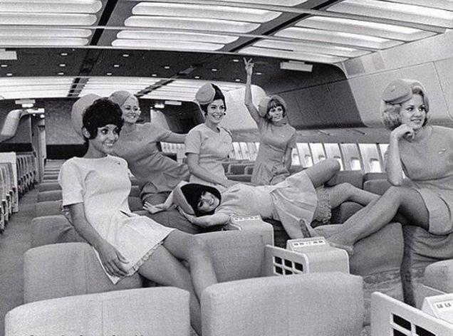 16 Cosas que ocurrían cuando volabas en los años 70