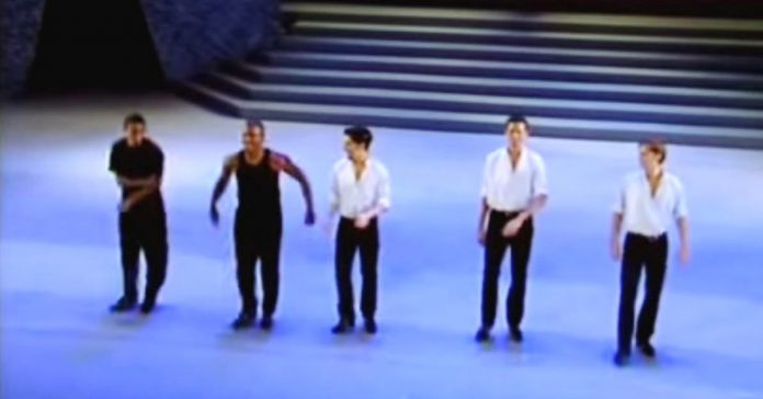 bailarines irlandeses riverdancers video banner