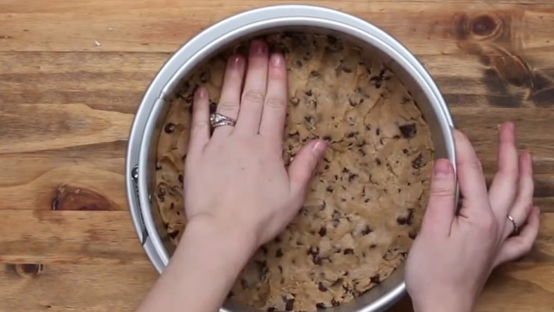 Cómo preparar una deliciosa Tarta de Queso con Masa de Galletas