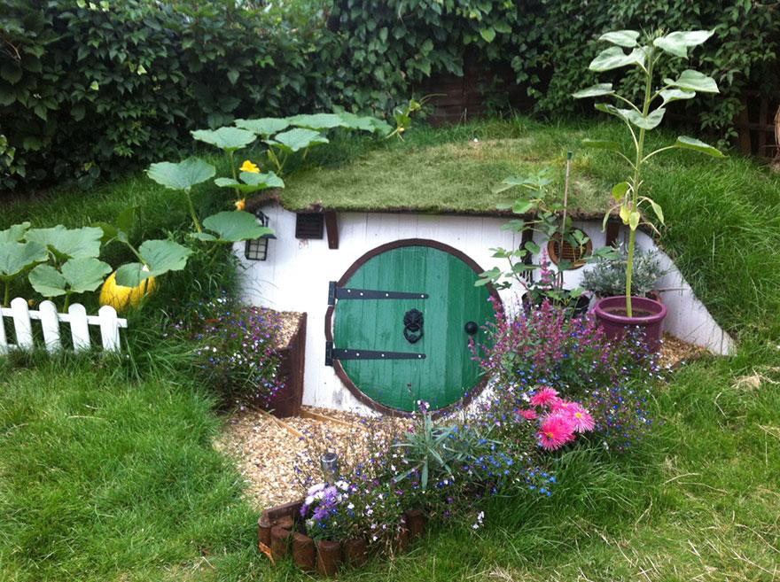 Este chico decidio comenzar un nuevo proyecto en su jardin 13