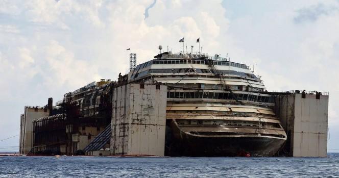 12 Imágenes de los descubrimientos años después en el Costa Concordia, el gigantesco crucero que naufragó