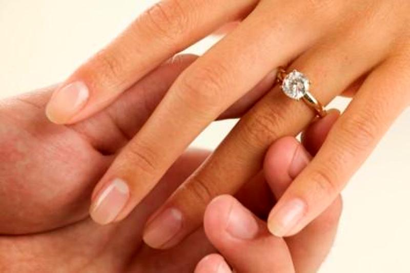5 Cosas que pueden ocurrirte al presionarte los dedos durante 1 minuto