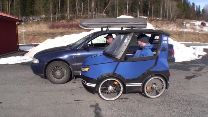 Parece un coche en miniatura 04