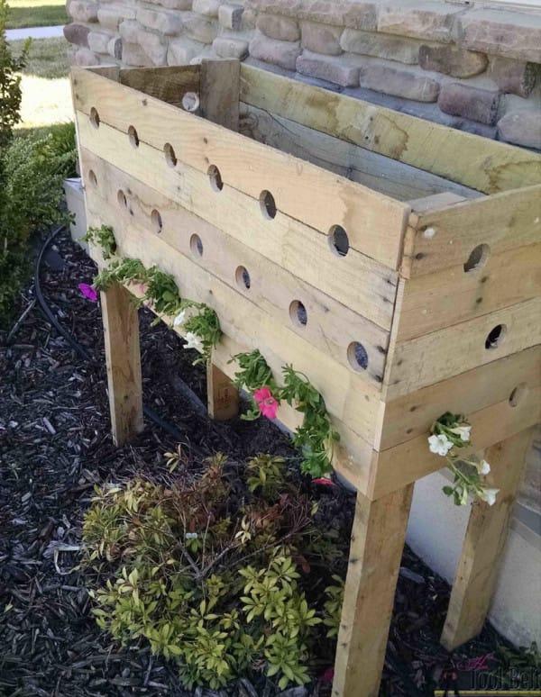 19 Agujeros y una caja de madera bastan para darle un giro completo a tu casa