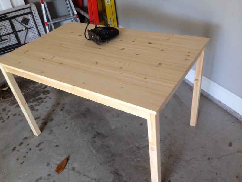 Compro esta mesa para la habitacion de su hijo 01
