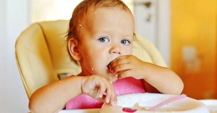 La FDA alerta a los padres para que dejen de darles este alimento a sus hijos banner