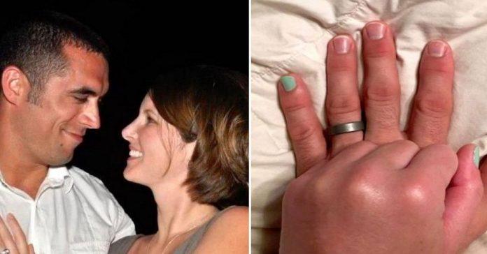 Le pidio a su mujer que se pintara la una del dedo menique banner
