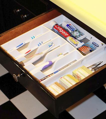 Compro un organizador de cubiertos pero no lo utilizo en la cocina 08