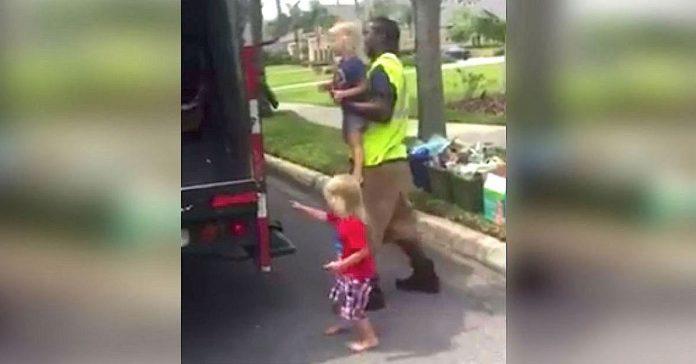 Encontro al hombre de la basura haciendo ESTO con sus hijos banner