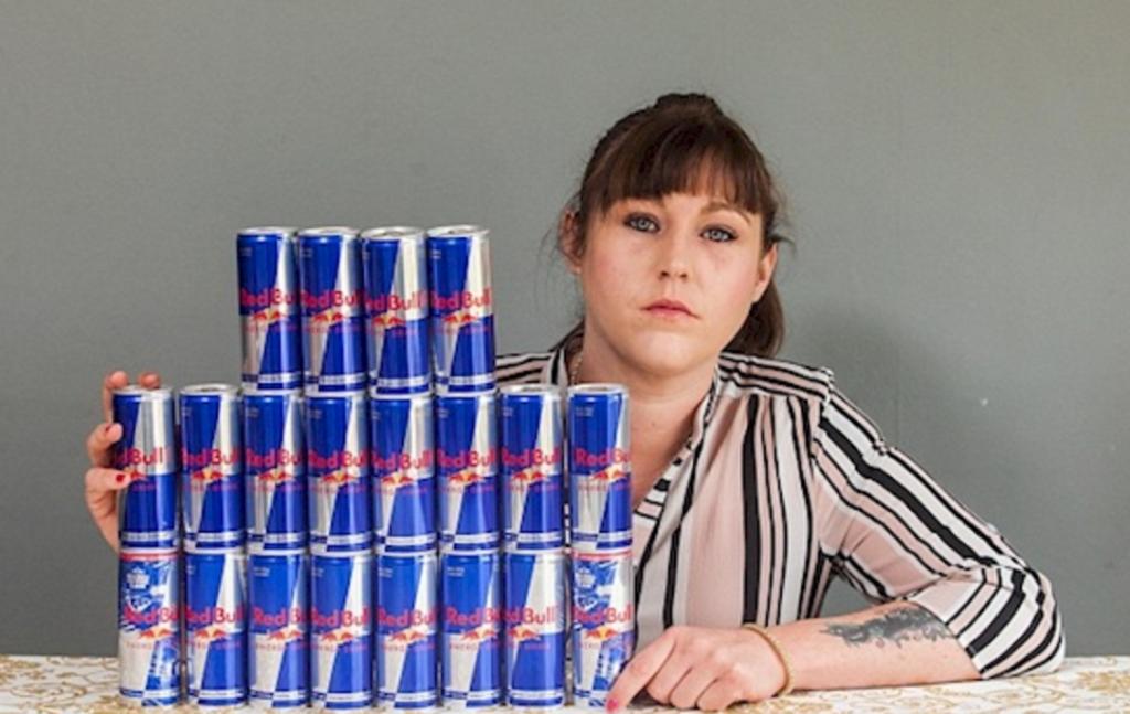 No tenia ni idea de que esta famosa bebida energetica le destrozaria completamente el higado 03