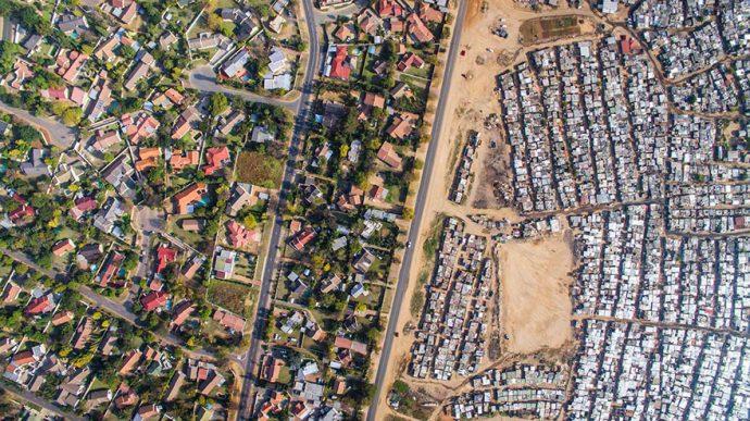 11 Impactantes fronteras que separan a los ricos de los pobres
