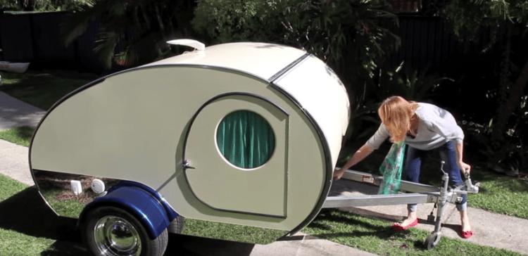Te sorprenderás al ver todo lo que esconde esta pequeña e increíble caravana