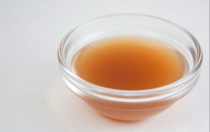 Los increíbles beneficios para tu piel del vinagre de manzana