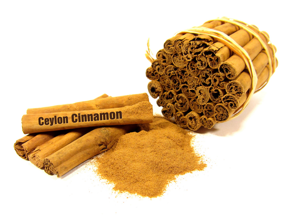 ground cinnamon photo