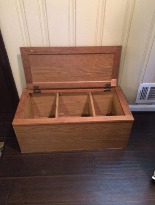 Cómo convertir un antiguo mueble de cocina en este precioso banco para el vestíbulo