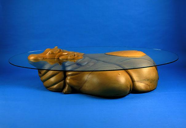 Estas increíbles mesas se convierten en ilusiones ópticas que engañarán a tu cerebro