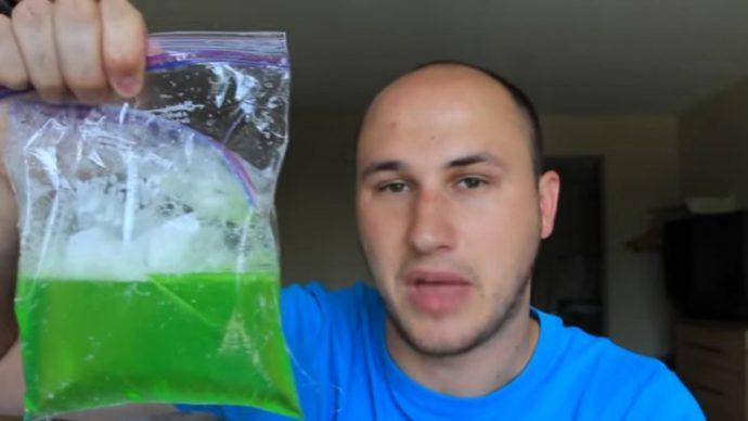 3 Razones por las que hay que probar a meter un poco de detergente en el congelador
