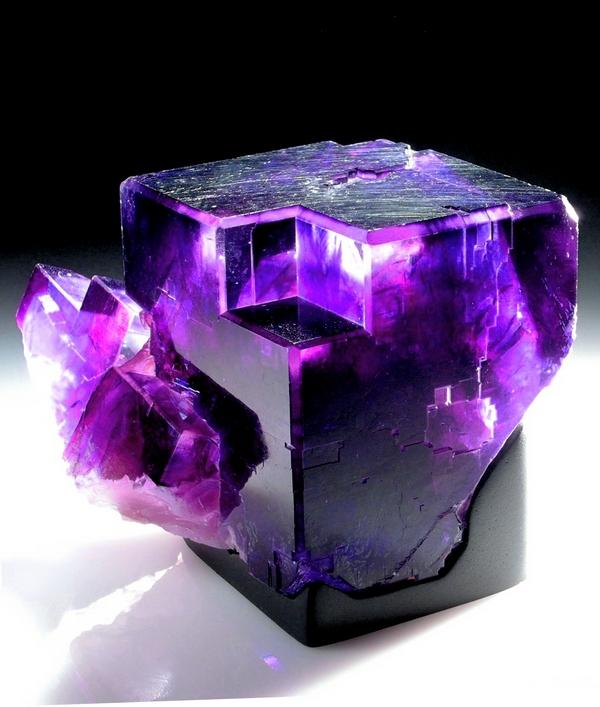 Mira cómo se convierten estos ordinarios minerales en verdaderas obras de arte