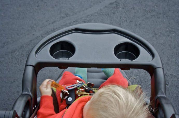 Los expertos avisan que hacer esto en el carrito de tu bebé podría poner su vida en riesgo...