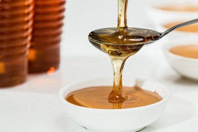 El secreto para dormir mejor, quemar calorías y levantarte con más energía: la miel