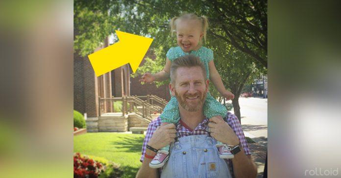 rory asegura que su hija con sindrome de down es un regalo de dios banner