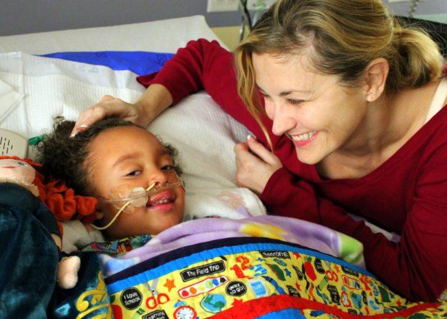 Esta pequeña estaba a punto de morir, y su profesora tomó una importante decisión que lo cambió todo