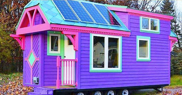 um bombero ensena la pequena casa en la que vive por fuera parece de locos pero el interior te sorprendera banner