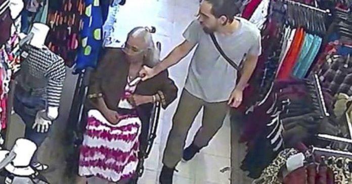 un hombre se apropia de 600 del sujetador de una anciana y tiene su merecido banner