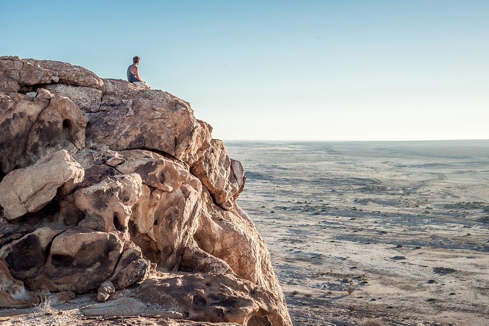 12 maneras con las que puedes descubrir si realmente eres un alma vieja