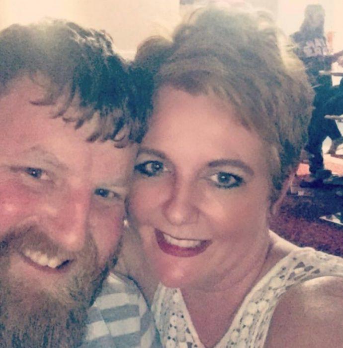 Una mujer salva su vida al subir una foto de de una mancha a las redes sociales por casualidad