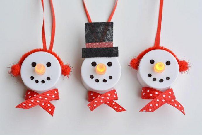 Convierte estas luces en divertidos adornos de navidad