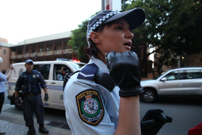 Esta policía escribe una carta que te partirá el corazón