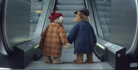 Este es el anuncio navideño en el aeropuerto de Heathrow que está conmoviendo a todo el mundo