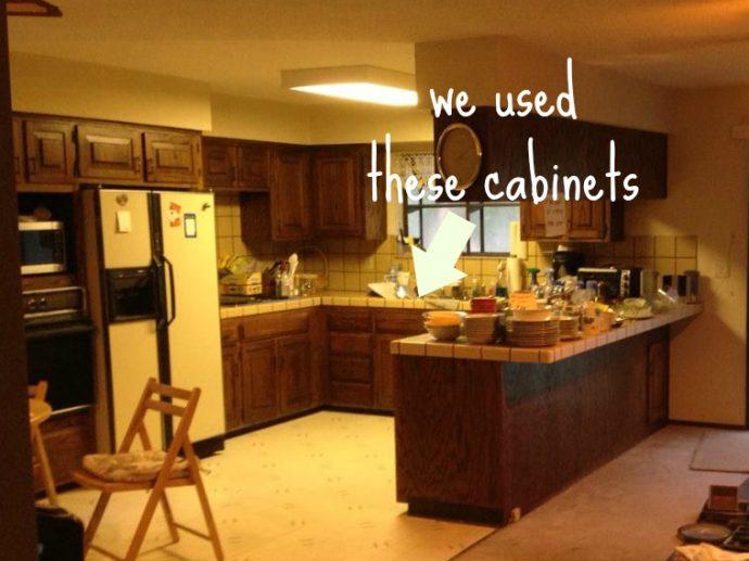 Un hombre se viraliza al llevarse los muebles de la cocina al cuarto de sus hijos